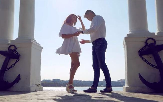 Самую популярную песню в мире исполнили на украинском языке (видео)