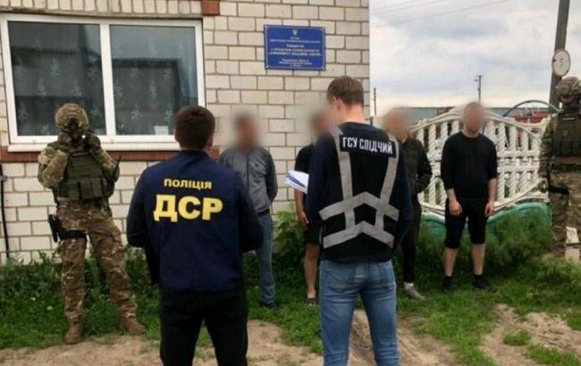 Банду рейдерів затримали в Харкові: вона захоплювала сільськогосподарські підприємства