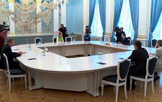 В Мінську проходить засідання контактної групи по Донбасу