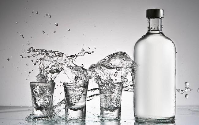 Фото: у Харкові отруїлися алкоголем