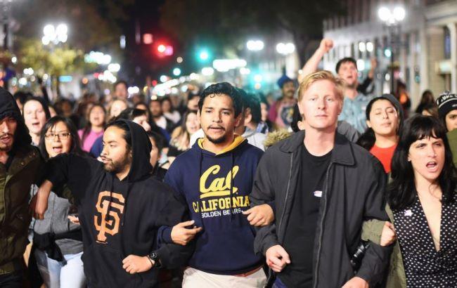 Фото: у США продовжуються протести проти Трампа