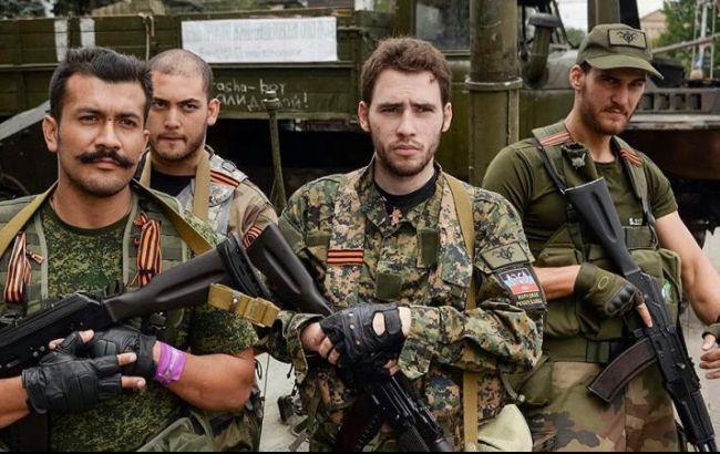 Фото: бойовики