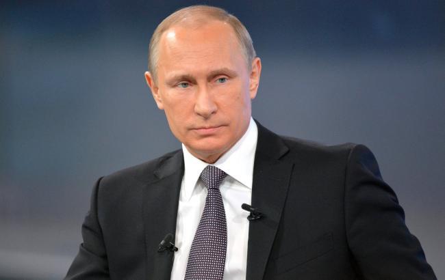 Фото: Володимир Путін прибув до Криму