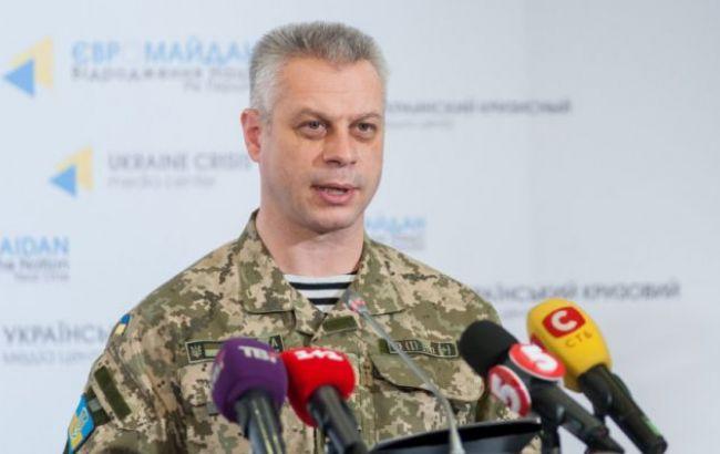 В зоні АТО за добу поранено двох українських військових, загиблих немає