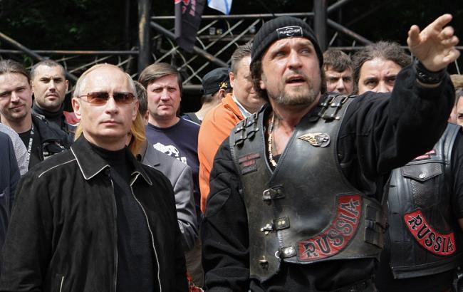 """Германия аннулировала визы """"Ночным волкам"""" Путина"""