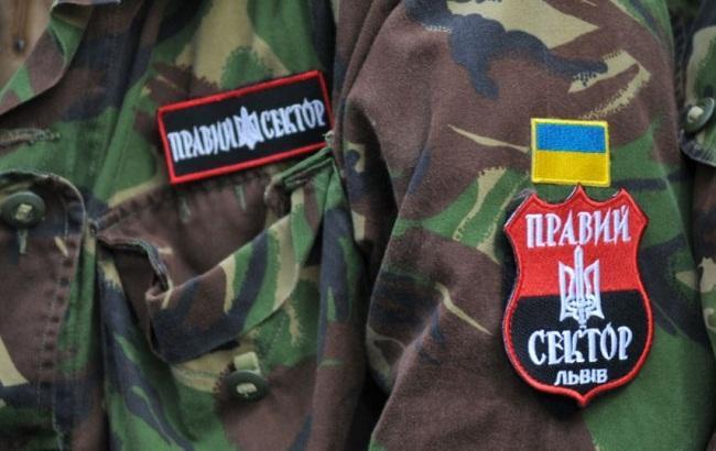 """Фото: Женщине из Днепра грозит срок за избиение вдовы """"киборга"""""""