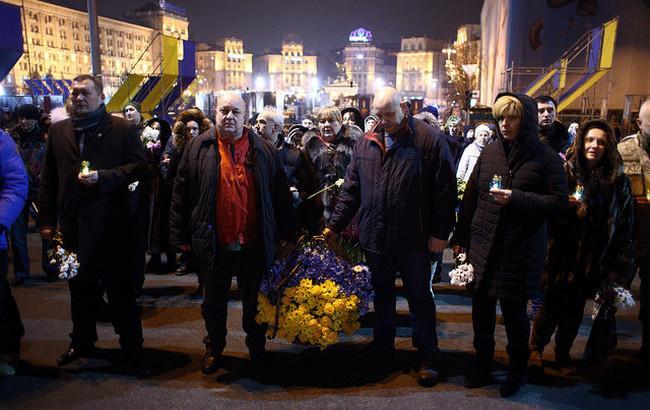 На Аллее Героев Небесной Сотни почтили память погибших на Майдане в 2014 году (фоторепортаж)