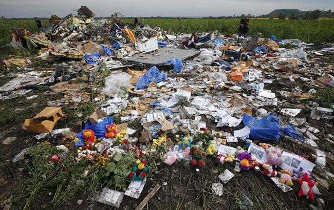 Фото: место крушения самолета Boeing MH17