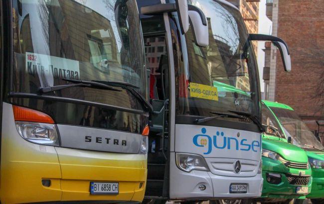 Кабмин изменил подход к проверкам пассажирских перевозчиков