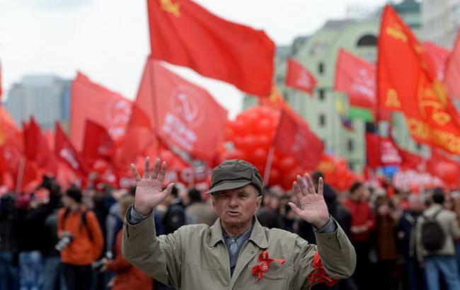 Запрет коммунистической идеологии сегодня вступает в силу в Украине