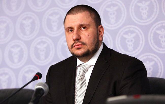 Суд дозволив провести заочне розслідування відносно екс-міністра Клименко