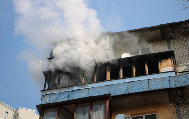 В Киеве горела многоэтажка, есть жертвы