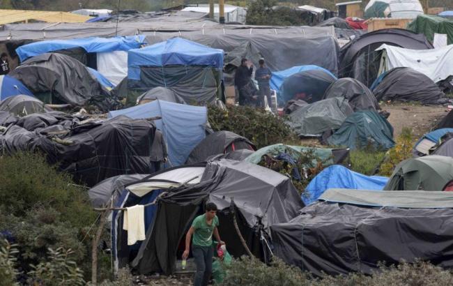 Фото: лагерь в Кале