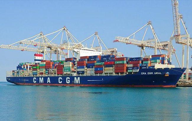 В Одессу прибыл контейнеровоз из Китая, команда которого болела