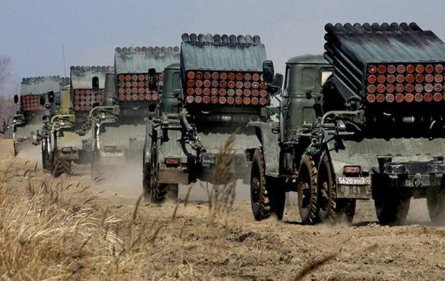 Фото: в ЛНР хотят начать отвод вооружения с 1 октября