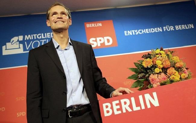 Выборы вБерлине: партии Меркель угрожает поражение
