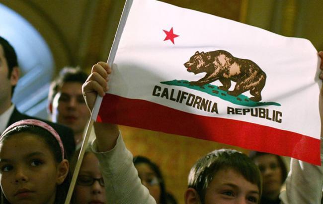 Фото: Прапор можливість республіки Каліфорнія (tumba.kz)