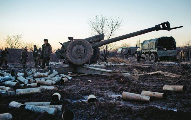 Неменее 60 обстрелов, ранены еще 2 украинских военнослужащих— Сутки АТО