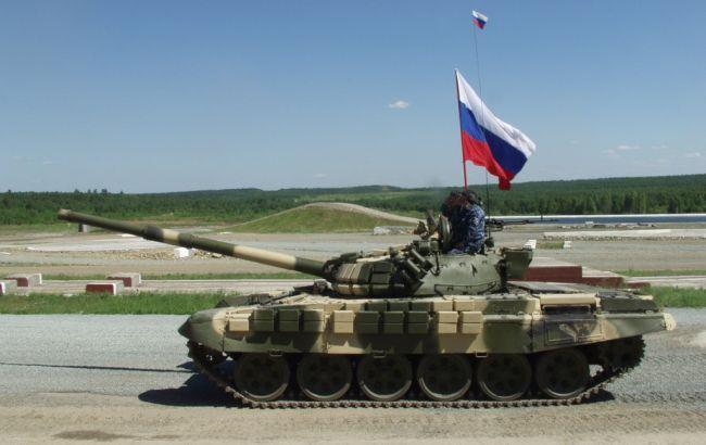 Появилось видео сдесятками русских танков награнице с Украинским государством