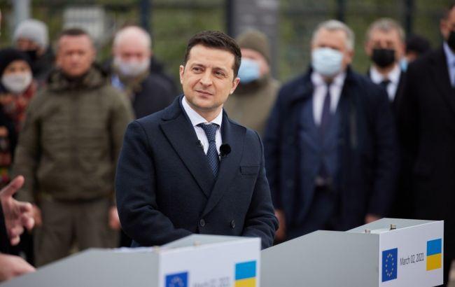 Зеленский хочет добиться мира на Донбассе дипломатическим путем