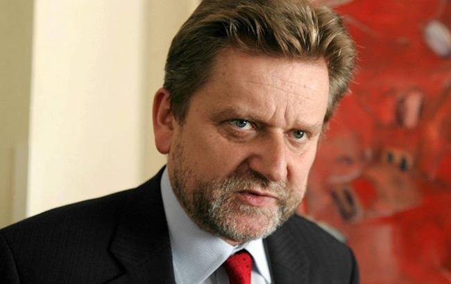 Головний санінспекторів Польщі проти заборони на в'їзд українцям без щеплень