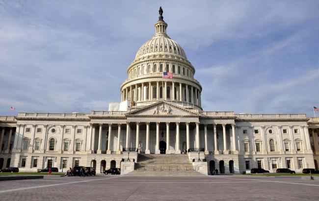 Біля будівлі Капітолія у Вашингтоні відбулася стрілянина