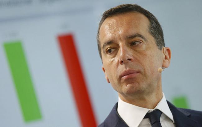 Канцлер Австрії закликав до боротьби проти монополізації Facebook, Google і Youtube