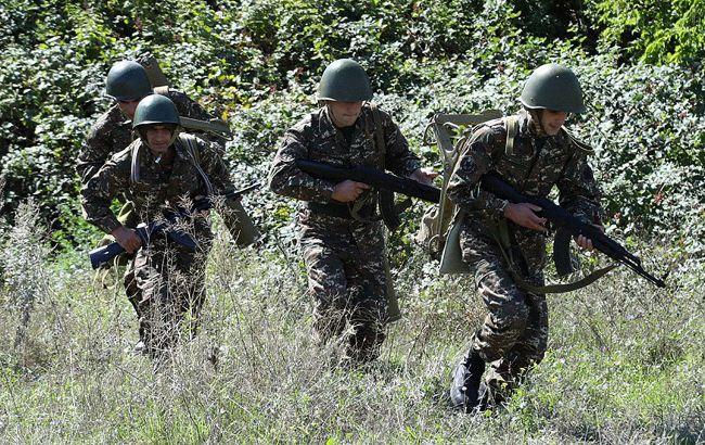 Бои в Карабахе продолжаются, стреляют из артиллерии