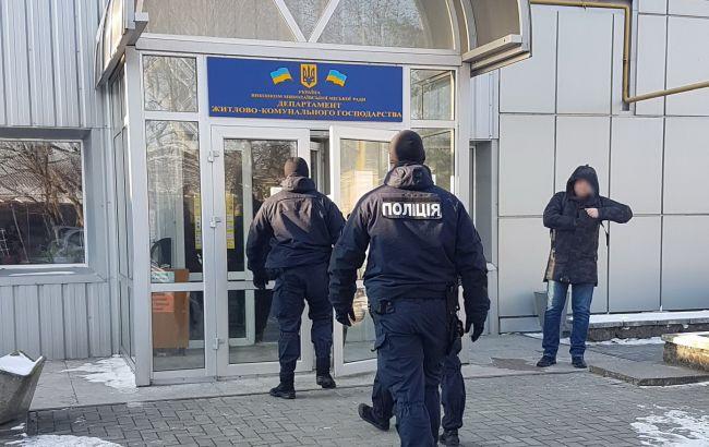 В Николаеве проводят массовые обыски по делу о схеме на 2 млн гривен