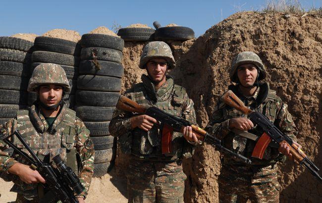 Ситуація в Карабасі загострюється, Вірменія заявила про важкі бої