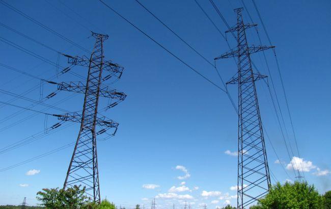 Подача електроенергії з України в Крим перервана через аварію на лінії