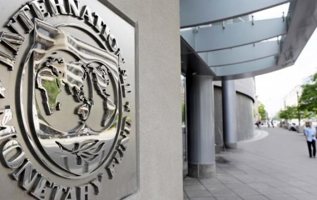 Яценюк надеется, что МВФ поможет НБУ в курсовой политике