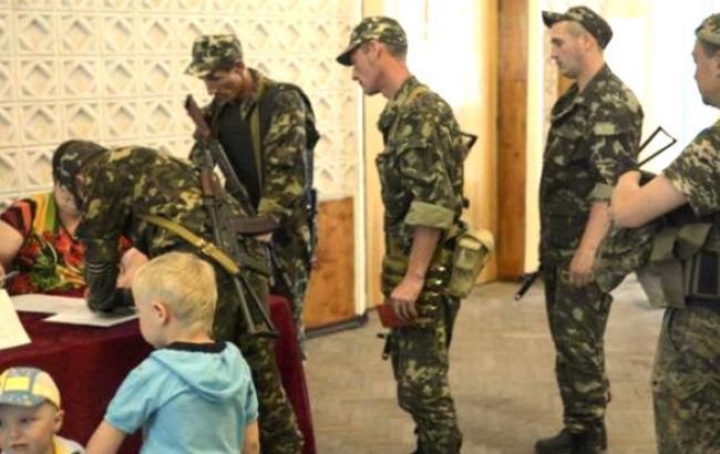 У ЦИК есть два дня на урегулирование вопроса голосования на выборах военных в зоне АТО, -  Петренко