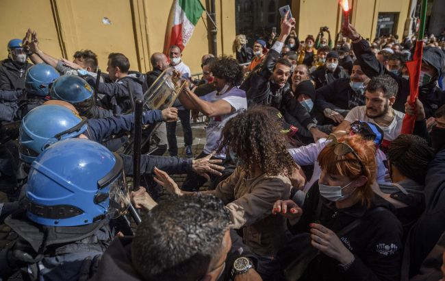 В Риме карантинный протест превратился в столкновения с полицией