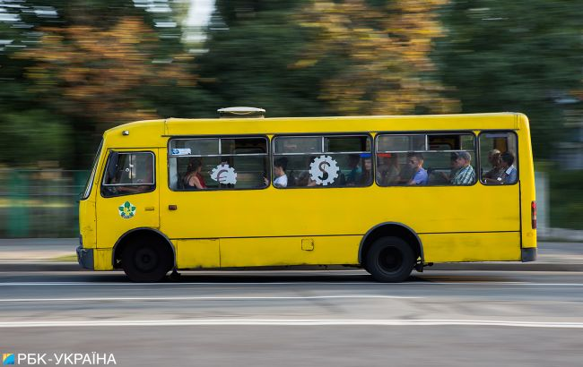 Во Львове перевозчики самовольно возобновили междугородние рейсы
