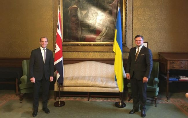 Кулеба пригласил Британию к платформе по деоккупации Крыма