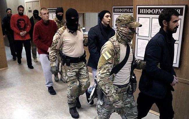 ЄС очікує від РФ звільнення українських моряків та кораблів