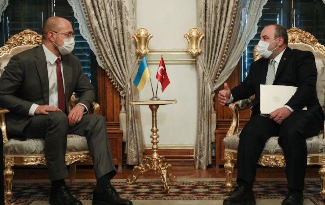 Шмигаль зустрівся з міністром промисловості та технологій Туреччини