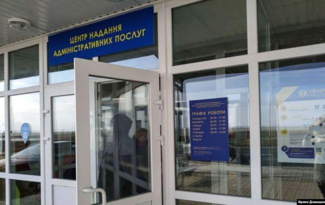 На двух КПВВ на Донбассе построят сервисные центры