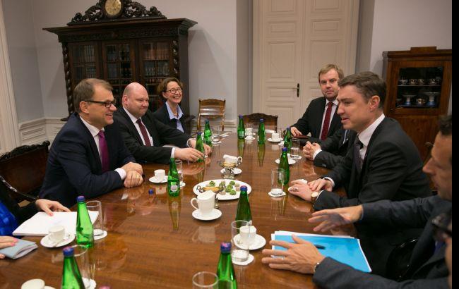 Фото: зустріч прем'єр-міністрів Естонії та Фінляндії Таави Рыйваса і Юхи Сипили