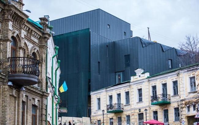 """Фото: Театр-""""крематорий"""" на Подоле (kp.ua)"""