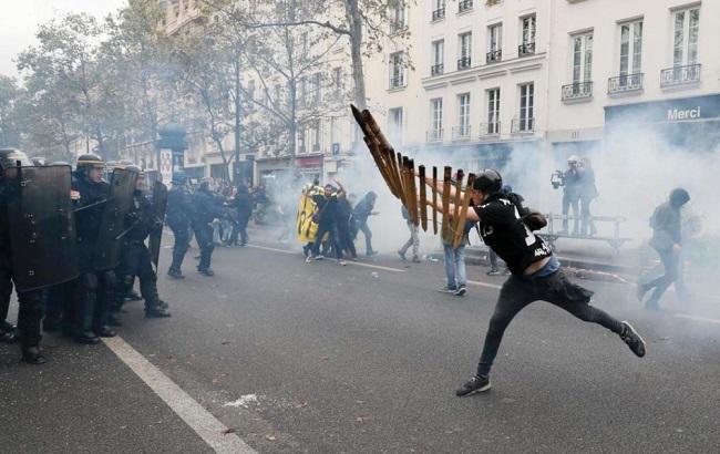 Фото: протесты во Франции