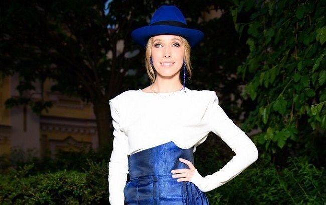 Катя Осадча зачарувала пастельною сукнею від українського дизайнера