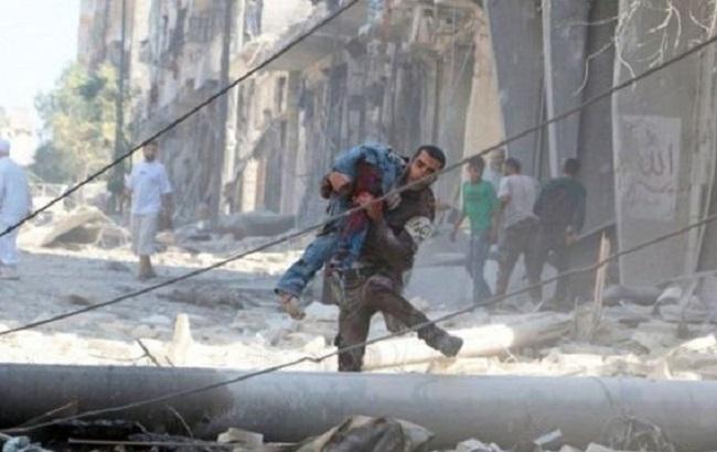 Фото: жертви авіаударів в Алеппо