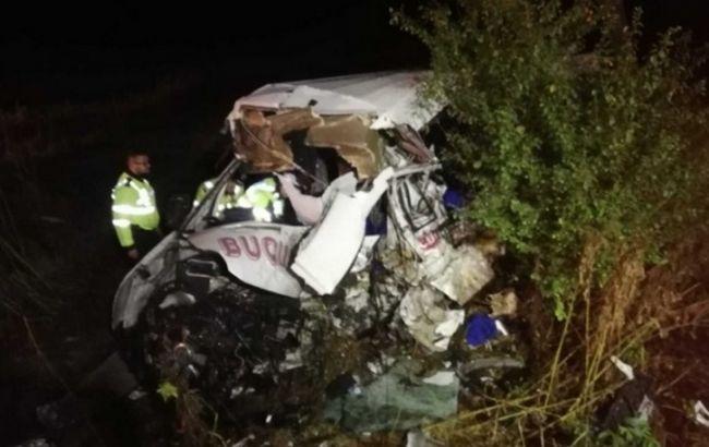 У Румунії при ДТП з вантажівкою загинули 10 людей