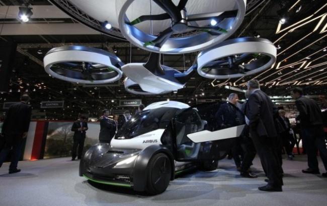 """Появилось фото первого в мире """"летающего"""" автомобиля"""