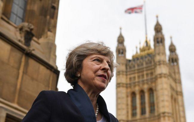 Правящие консерваторы лидируют наместных выборах вСоединенном Королевстве