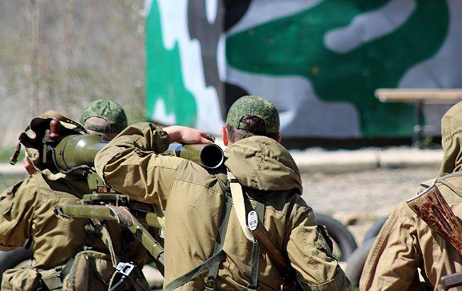 Секретну базу Міноборони РФ приховують під виглядом дитячого табору, - Reuters