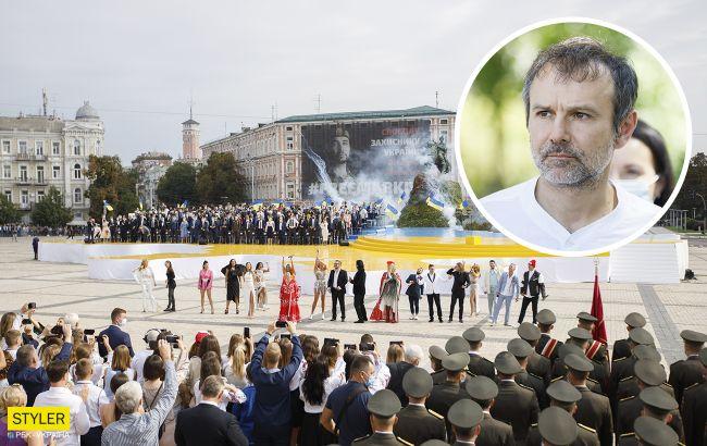"""У Зеленського відповіли Вакарчуку на """"наїзд"""" через концерт"""