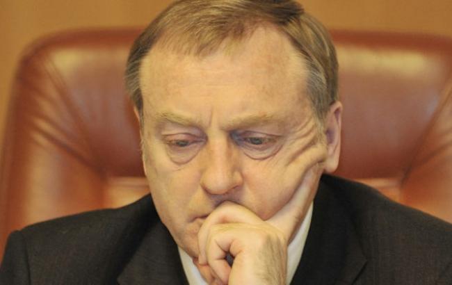 Фото: Лавриновичу вручили подозрение